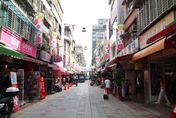 華陰街、商圈(好房網News記者 李宗隆/攝影)