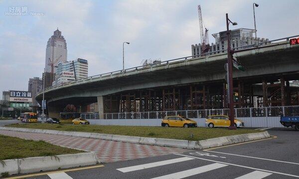 柯P下令將在過年期間拆除忠孝橋引道。(好房網News記者陳韋帆/攝影)