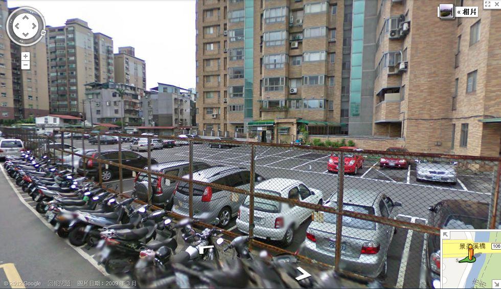 想投資停車位當包租公,應選產權清楚停車位,並選辦公室、商圈、住宅區周邊較易出租。(圖/擷取自google maps)