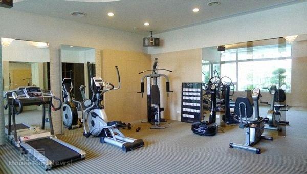 5.公設的健身房就像他私人會館。