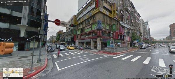 隨房價高漲,連帶租金及店面投報率,目前東區店面的投報率約2到2.2%。(翻攝自Google Map)