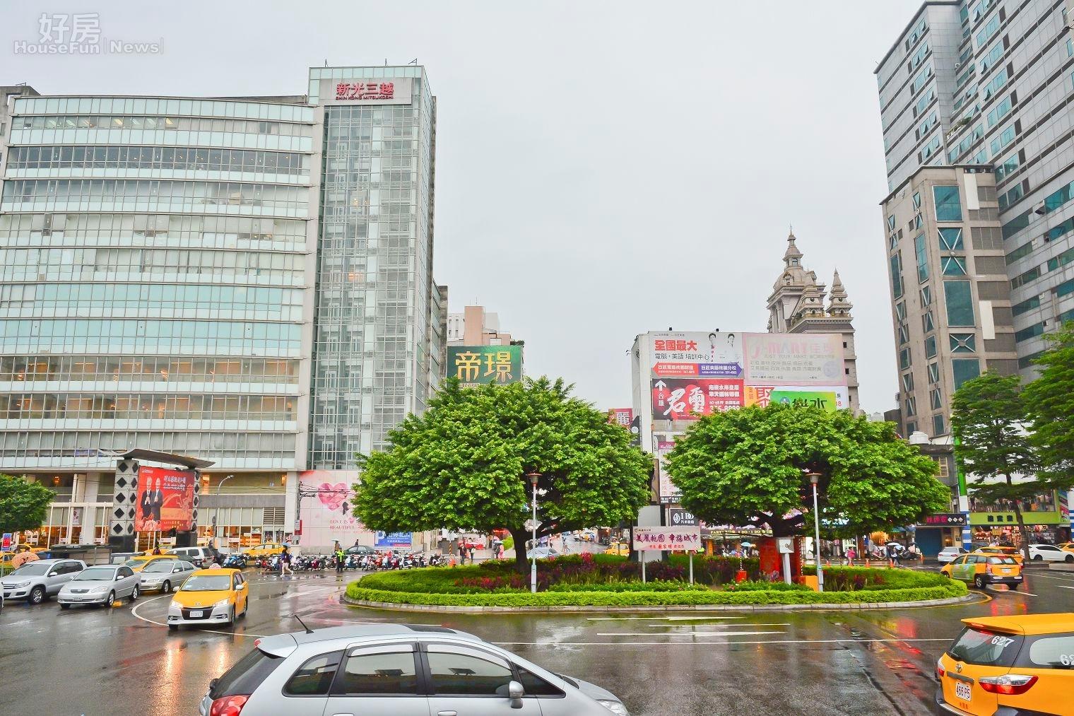 桃園火車站站前商圈。(好房News記者 陳韋帆/攝影)