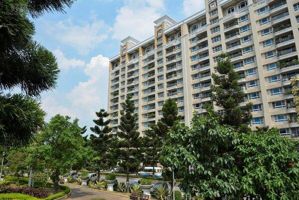 新店區湯泉社區獲得工務局評比優良公寓大廈,大型社區第一名。(好房網News記者 陳韋帆/攝)