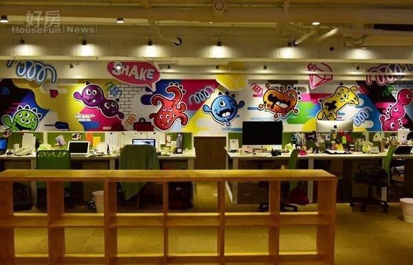 4.牆上可見到VS MEDIA旗下七隻怪獸代表,分別象徵著電影、生活、美妝、音樂、運動與遊戲等不同影音節目類型。