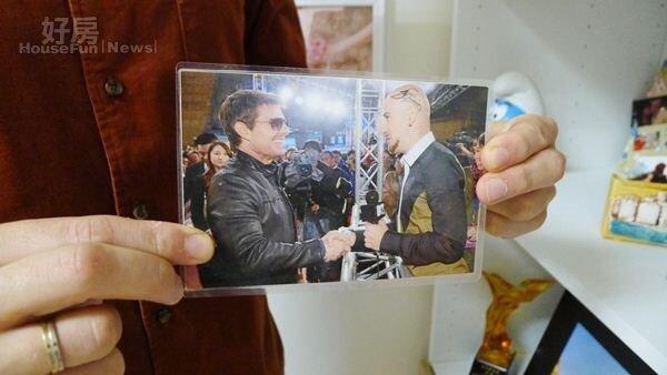 8.阿湯哥來台,吳鳳前往採訪兩人留下珍貴的合照。