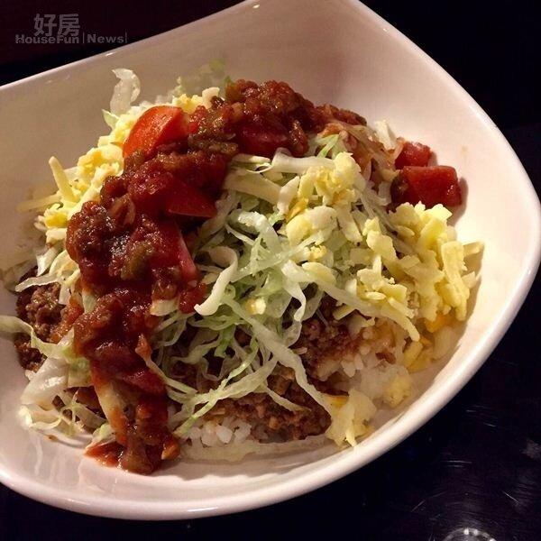 10.TACO飯是周洺甫推薦的料理之一,靈感來自沖繩美食。