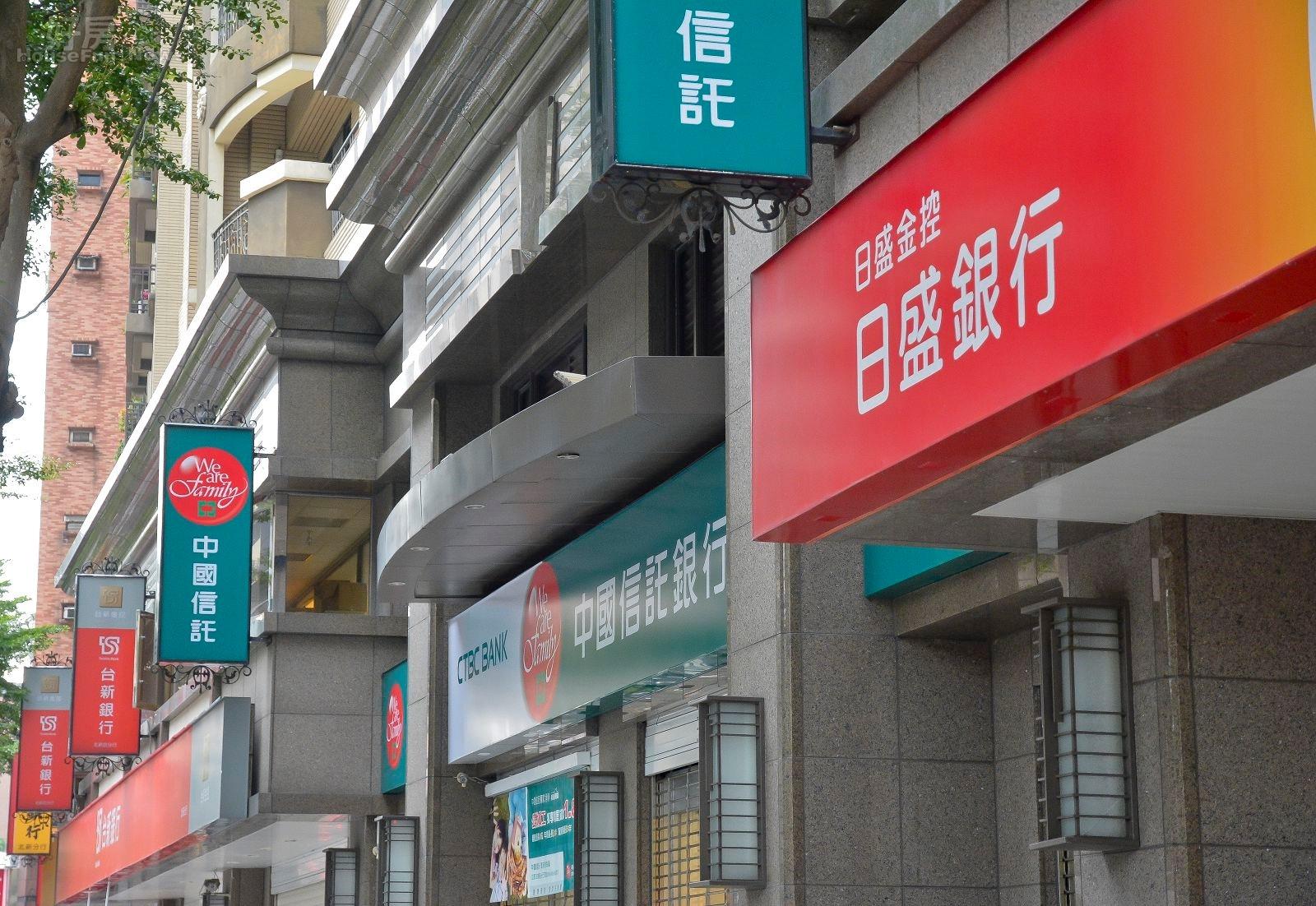 現行房價高漲,年輕人想買房只能依靠房貸。(好房網News記者 陳為帆/攝影)