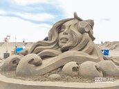 寵物沙灘顯身手 旗津遊客增