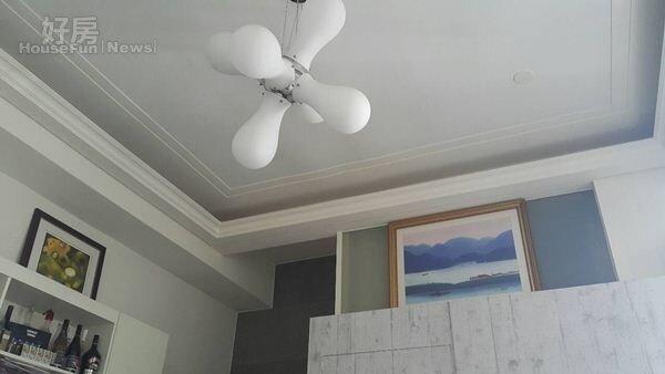 6.室內用淺色系,搭配造型燈飾,感覺更舒適。