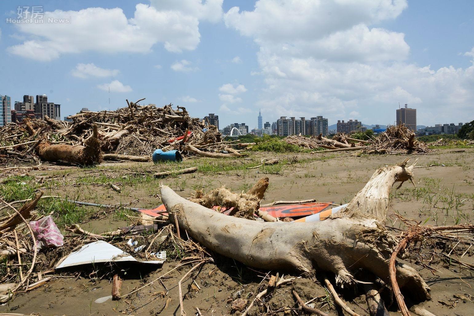 建商時常將水岸景觀做為建案賣點,但其實水岸宅隱藏的淹水風險。(好房網News記者 陳韋帆/攝影)