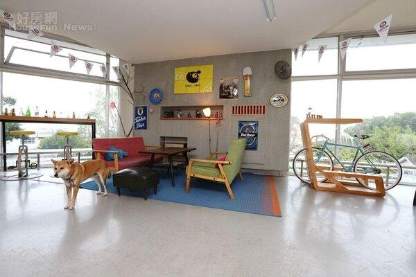 9.休憩區的空間仿如自家客廳般溫馨,簡約中帶有文青風。