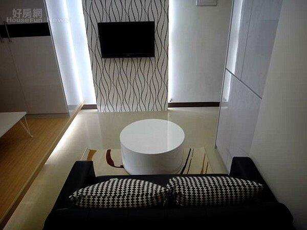 7.信義區新成屋的小二房,擁有現代簡約風格。