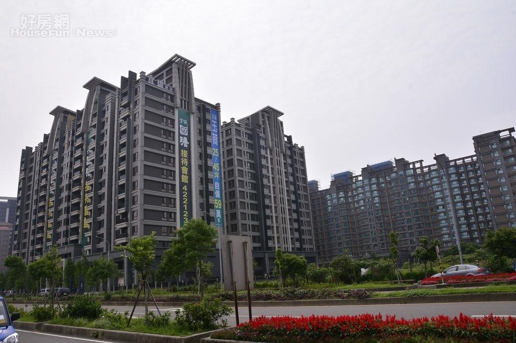 青埔擁有大量新成屋,賣壓沉重。(好房網News記者陳韋帆/攝影)