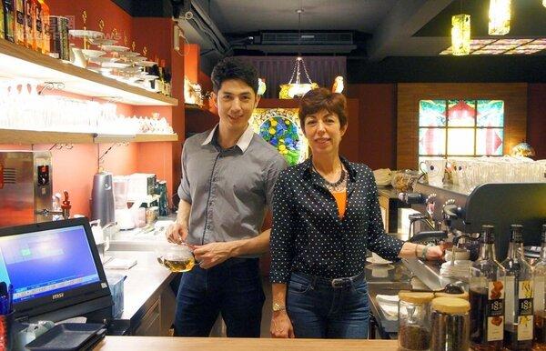 1.來自巴西的舞陽是國際模特兒,當初開咖啡店是為了幫媽媽圓夢。