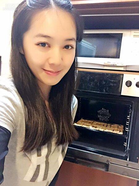 9.張婕筠最近還迷上做甜點,雖然是初學者,但已經成功做出法式土司、手工餅乾和蛋糕。