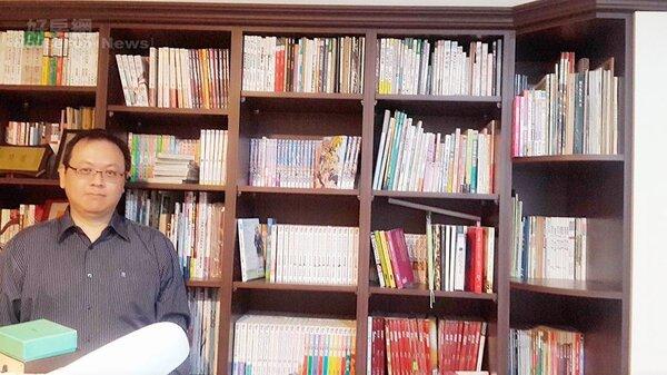 6.書房藏書兩千多冊,林群盛擁有豐盛精神礦脈。