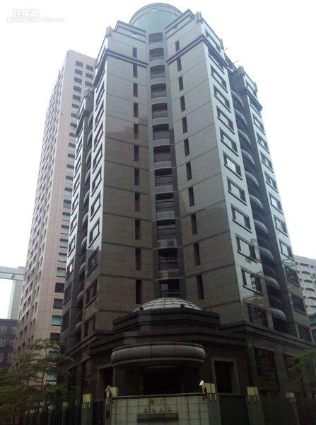 2「敦南之翼」位於敦化南路巷弄內,也是區域內知名豪宅。