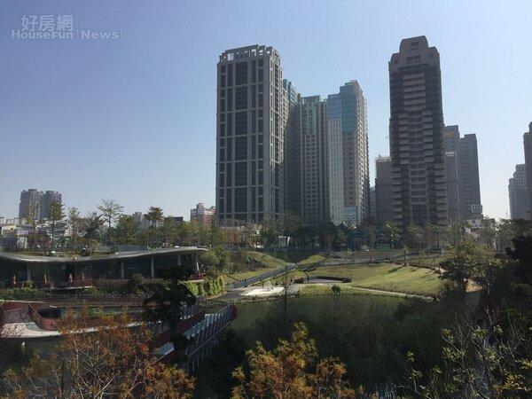 台中七期豪宅區秋紅谷(好房網News記者林美欣攝影)