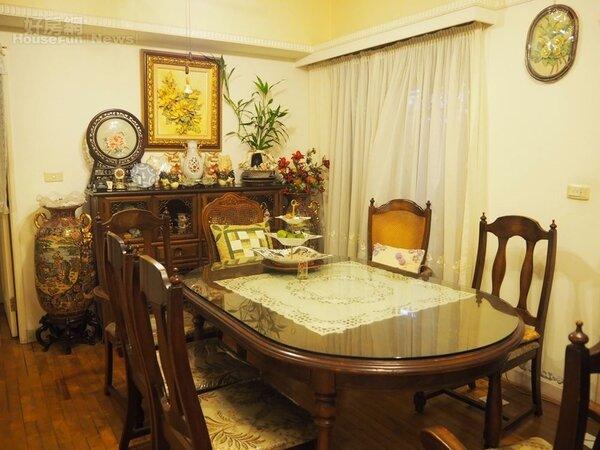 2.台北家的餐廳,家人經常聚在一起用餐聯繫感情。