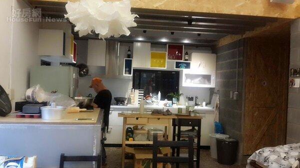 8.廚房佔相當比例,用於開設生活課程。