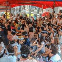 天熱不退卻,史上顏值最高的抗議活動!