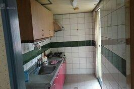 原本的廚房,後來重新設計改為小孩房。也因為如此,所有管線全部重拉重新佈線。