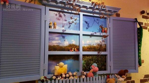 6.窗戶壁貼增加了空間感。
