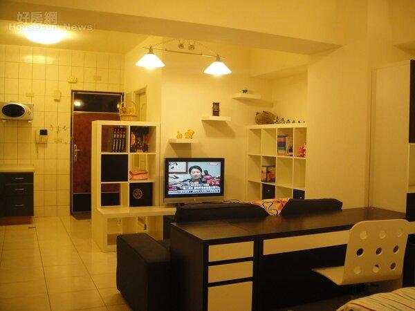 2.蔡志雄的第一間房買在板橋,主要是價格考量。