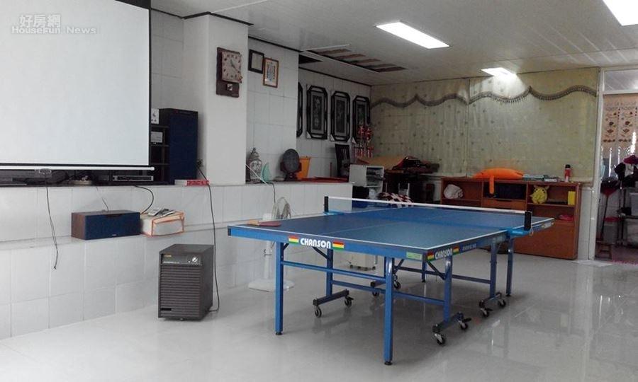 5.娛樂室設有卡拉ok及桌球檯。