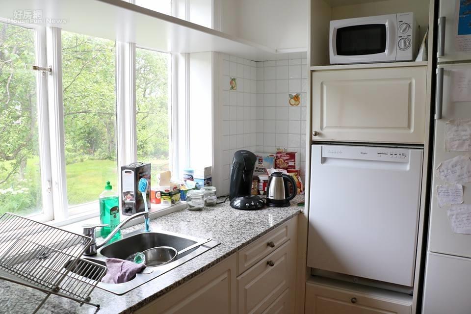 廚房的空間及食物也是塵蟎的最愛。(好房網News記者賈蓉/攝影)