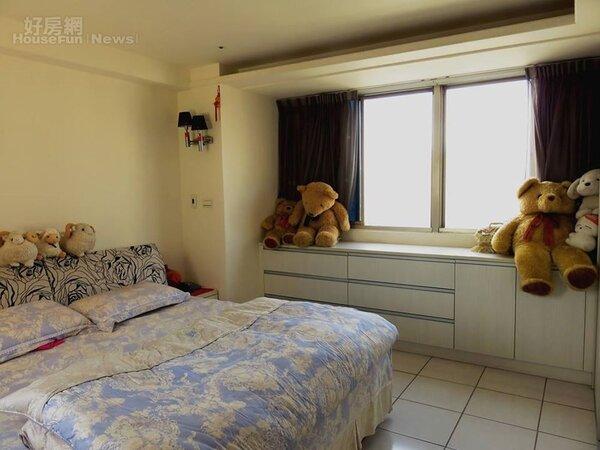 7.雅潔而帶著夢幻感的臥房。