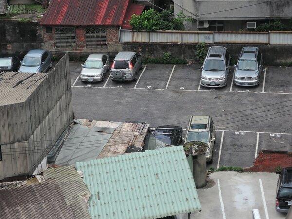 停車場情境。(好房網News記者 陳韋帆/攝影)