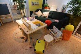 客廳家具降低高度的陳設,讓小孩可以輕鬆遊玩。