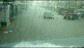 中颱尼莎挾暴雨炸屏東 6路段淹水