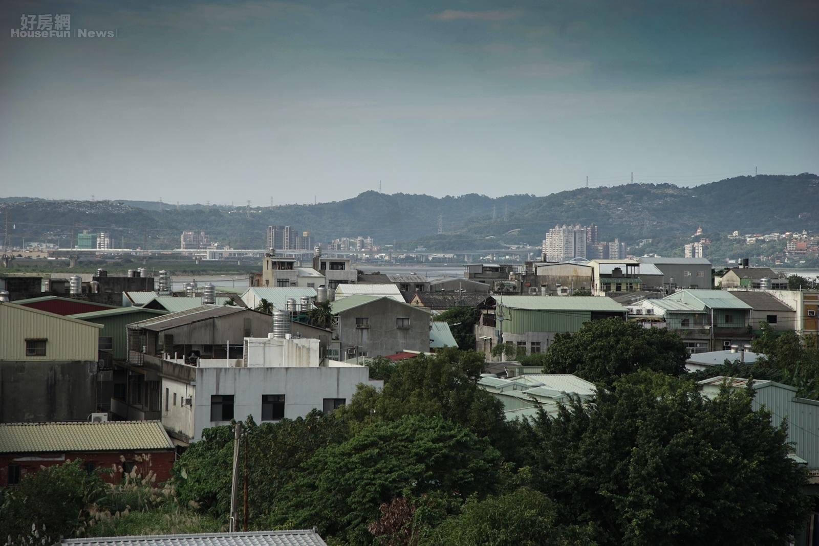 社子島禁建47年,歷任市長都無法解決這個燙手山芋,不能翻新也無法興建新的房子,因此房子壞了、破了,只能偷偷的翻修。(好房網News記者張聖奕/攝影)