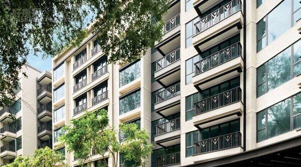2.「KADOORIA」為九龍半島何文田少見低樓層豪宅。(翻攝自KADOORIA網站)