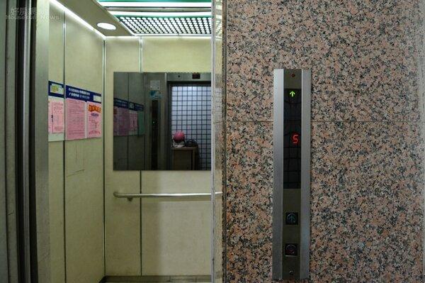 電梯。(好房網News記者 陳韋帆攝影)