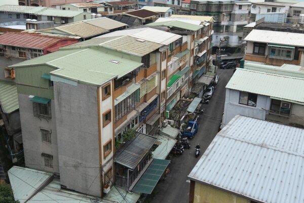 公寓。(好房網News 記者 陳韋帆攝影)