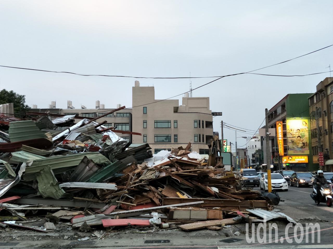 台南麻豆嘟嘟餐廳拆除,將建透天厝,價位創地方新高。記者謝進盛/攝影