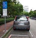 中市住宅區停車格 周日不收費