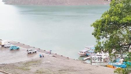 石門水庫水情持續不佳,6月終於有明顯降雨,集水區從4日至11日下午累積雨量98.5毫米。(賴佑維攝)
