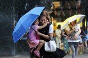 周末高壓若北移 彭啟明: 午後雷陣雨可能增加