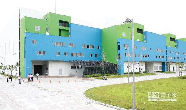 位於台中霧峰的「中台灣影視基地」,工程已完工,並進行驗收作業,預計今年底點交給經營移轉(OT)廠商中影八德公司。圖/台中市新聞局提供