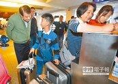 何煖軒溫情喊話歡迎歸隊 華航2月21日航班正常