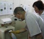 推動環境衛生 桃園市長帶頭打掃校園廁所