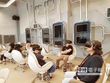 全球唯一立體8k高規格VR劇院去年11月在高雄正式商轉。圖/邱莉玲