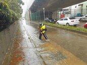 龜山A8又淹水 用路人跳腳
