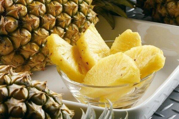 中醫師表示,鳳梨可解暑、開胃,是夏天優質的時令水果。本報資料照片