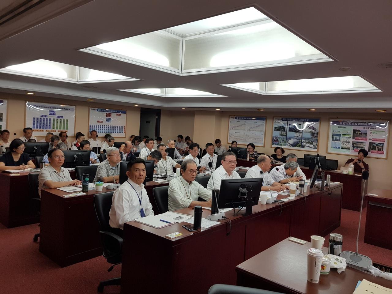 台北市議會今天舉行交通委員會,由捷運局、捷運公司進行工作報告。記者翁浩然/攝影