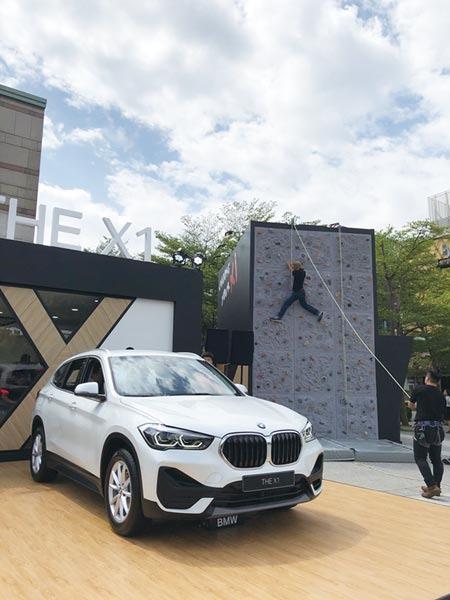 汎德發表寶馬(BMW)X1休旅車大改款,強勢捍衛豪華小車市場銷售領先地位。圖/記者陳信榮攝影